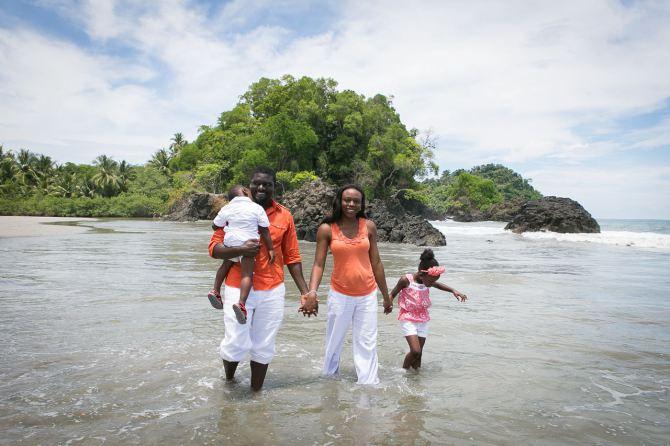 Family Portrait Photography in Manuel Antonio Costa Rica by John Williamson